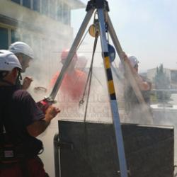 Curso de evacuación y rescate en espacios confinados